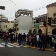 Mientras pasaban las horas, aumentaba la cantidad de venezolanos para participar en Perú/ Foto: Carla Michelotti