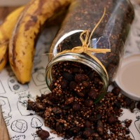 Czekoladowa granola gryczana / Chocolate buckwheat granola.
