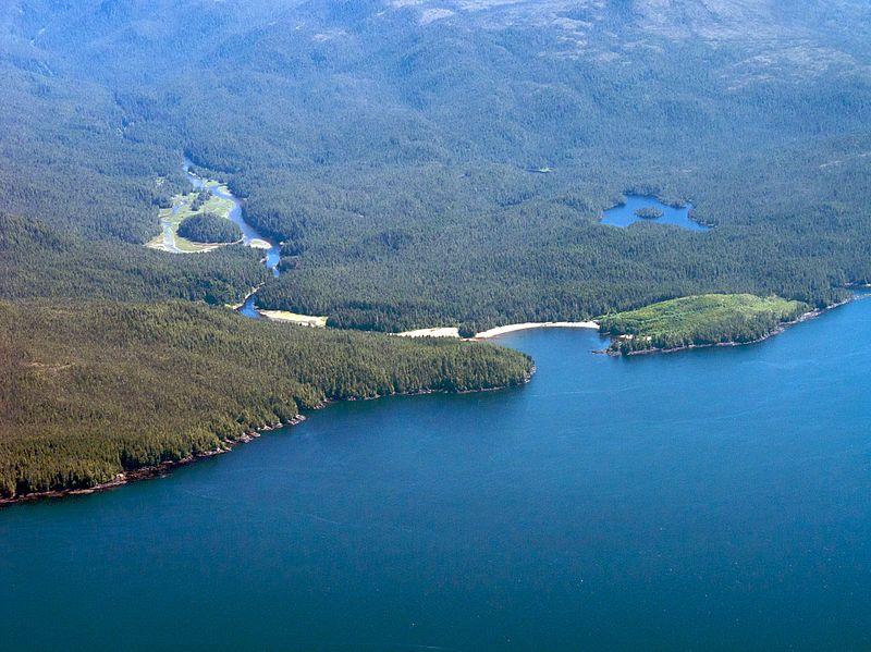 Desembocadura del río Koeye, una de las áreas ocupadas por el pueblo Heiltsuk en la actual Columbia Británica canadiense. (Sam Beebe/CC BY 2.0)