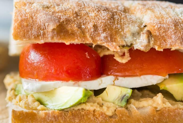 mega-sandvis vegetarian-2