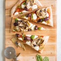 Grilled Artichoke, Olive and Pesto Flatbread Recipe