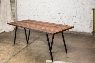 Tisch aus alten Dachbalken (Eiche)