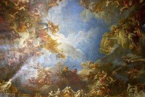 """На потолке нефа работа Антуана Куапеля """"Всевышний во славе приносит миру обещание искупления"""". Версальский дворец."""