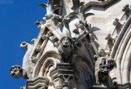 Идея разместить горгулий и химер на Нотр-Даме принадлежит архитектору и реставратору Виолле-ле-Дюку.