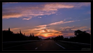 Закат по дороге в Париж.