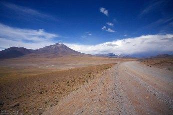 Гравийная дорога через Альтиплано.
