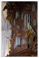 Двойной музыкальный орган Севильского собора.