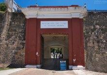 La Puerta de San Juan - ворота в Сан-Хуан (18-й век).
