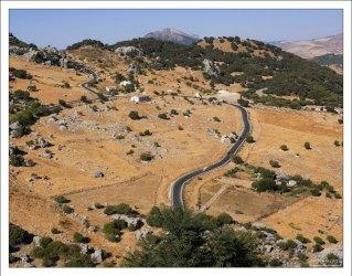"Дорога через национальный парк ""Sierra de Grazalema Natural Park""."