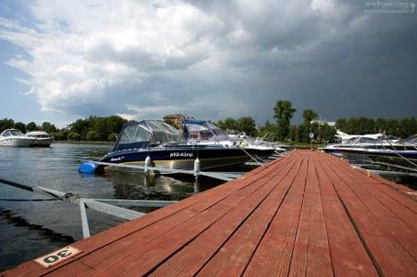 Мини-гавань для частных плавсредств.