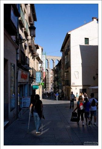 Все улицы в городе ведут к акведуку :) Сеговия, Испания.