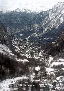 Горнолыжный курорт Courmayeur и прилегающие долины Veny и Ferret.