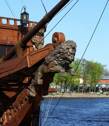 "Лев на носу корабля ""Кронверк""."