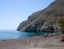 Камари (Kamari) - один из самых цивилизованных пляжей на острове.