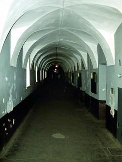 Коридор в тюрьме Трубецкого бастиона. Петропавловская крепость.