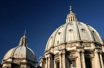 Большой и малый купола собора Св. Петра.