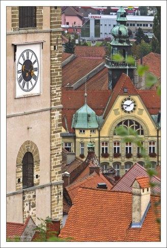 Часы на городской Ратуше.