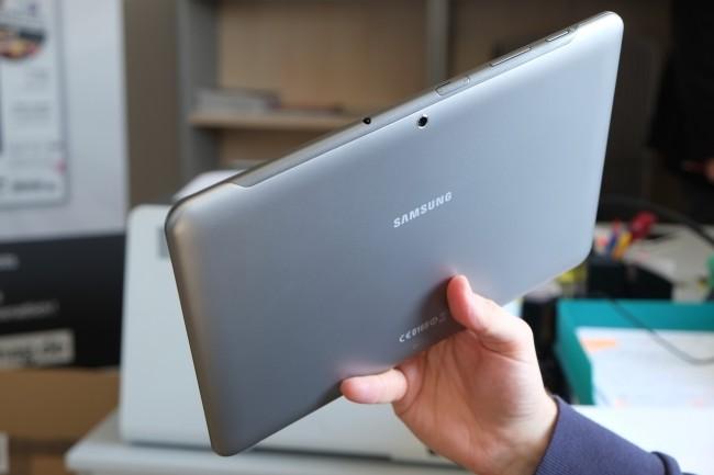 Da Samsung die im Vorgängermodell verbaute Blitz-LED wegrationalisiert hat, taugt dieses Tablet im Ernstfall nicht als Taschenlampe