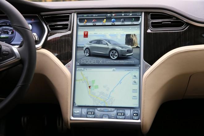 Sehen wir bald auch in Fahrzeugen von Hyundai und Kia Touchscreens wie in Teslas Model S? (Foto: mobiscroll)