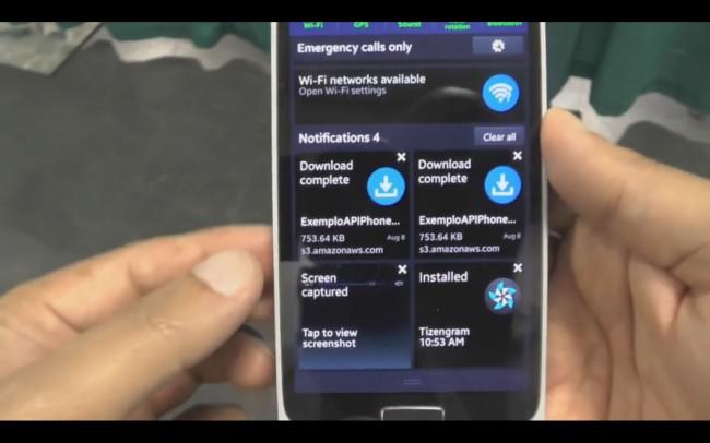 Die Benachrichtigungen sind ähnlich wie bei Android, nur in Kacheloptik.