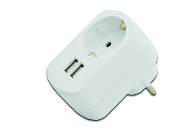 Praktisch: Der Lade-Adapter mit 2 USB Anschlüssen und eigenem Schuko-Anschluss (Foto: Assmann)