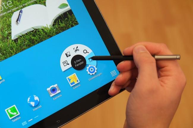 Praktisch: Ein spezielles Kreis-Menü gewährt Zugriff auf eine Reihe von speziellen S Pen-Features.