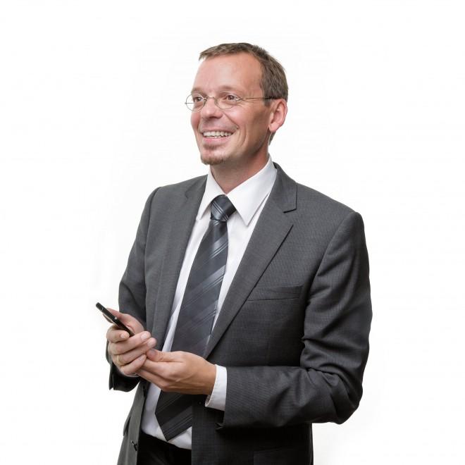 MichaelSuitner4komp_c_SecurePaymentTechnologies