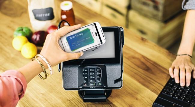 29 Prozent der Smartphone-Benutzer möchten mit ihrem Handy für Fahrten in Bus, Bahn und Taxi bezahlen. Für das Einkaufen im Einzelhandel besteht dieser Wunsch immerhin noch bei 15 Prozent. (Foto: Softcard)