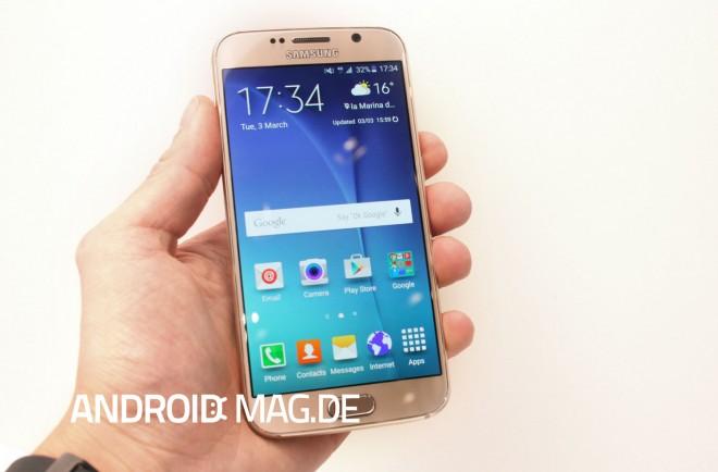 Neuen Gerüchten zufolge könnte sich das Galaxy S7 am Design seines Vorgängers (im Bild) orientieren.
