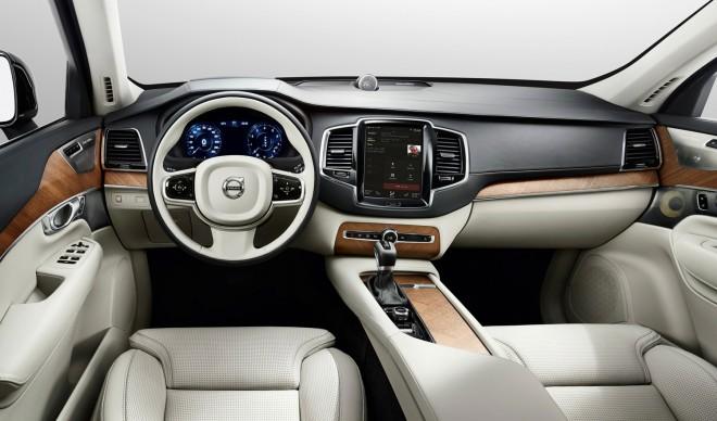 Volvo_cockpit