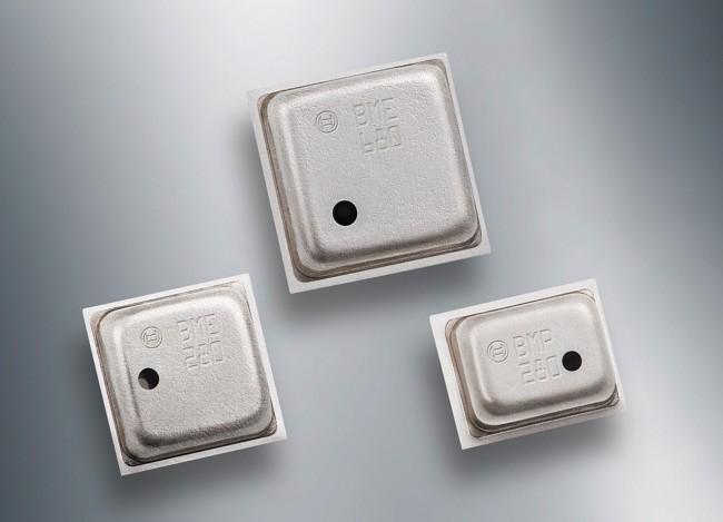 Der Umweltsensor BME680 vereint in seinem Gehäuse Miniaturmessgeräte für Luftdruck, Feuchtigkeit, Umgebungstemperatur und Luftqualität. (Foto: Bosch Sensortec)