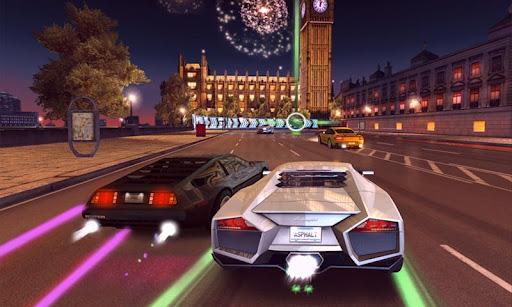 Das neue Asphalt 7 von Gameloft kann mit einer sehr guten Grafik und gutem Gameplay überzeugen.