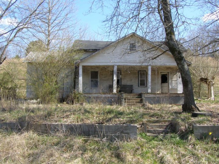 Abandoned houses for sale texas for Mansions for sale in the usa