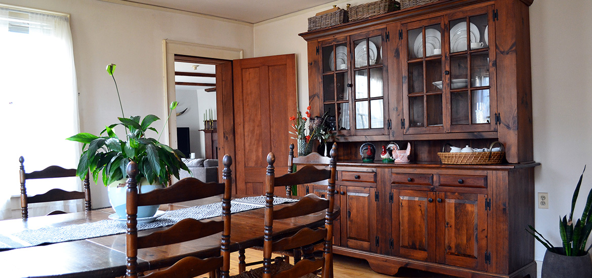 Dining Room Before Featured Image