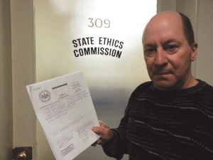 SHARK founder Steve Hindi hand-delivered his ethics complaint against Pennsylvania House Majority Leader Mike Turzai.  (SHARK photo}