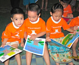 Vietnamese children participating in the Humane Society International rhino education campaign.  (HSUS/HSI photo)