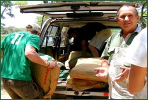 Johnny Rodrigues delivering supplies for Tatenda. (Zimbabwe Conservation Task Force photo)