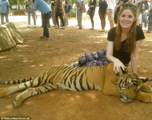 Isabelle Brennan in photo believed to have been taken by her sister Georgie Brennan moments before Isabelle was attacked by a different tiger.