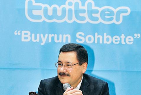 Komünist Başkan'dan Gökçek'e Twitter üzerinden kinayeli cevap