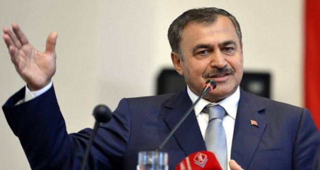 """""""Türkiye Suriyelilerin duasıyla büyüyor"""""""