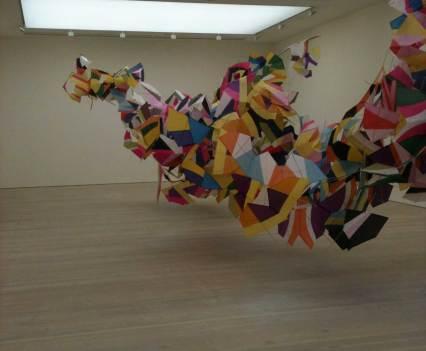 Kunst_mit_Verfallsdatum_Saatchi_Galerie_London_England_Anna_Szermanski_Collage_Papier_Kunst_Puppe_Plastik_7