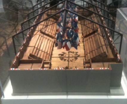 King_Karl-bittet-zum-kontemplieren_Anna_Szermanski_Ausstellung_Karl_Lagerfeld_Museum_Folkwang_Essen_Mode_Fotografie_Modenschauen_Couture_Kleider6