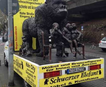 Von Möbeln_und_Menschen_Part_2_Möbelmesse_Köln_2016_Anna_Szermanski_Vitra_Kff_Stuhl_Tisch_Design_Architektur_Messe_Köln_3