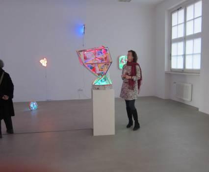 Ein_Blick-ins_Kunsthaus_Essen_Anna_Szermanski_Ausstellung_Familie_Skelette_Oliver_Ross10
