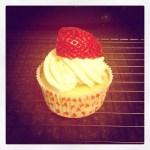 strawberryfilledmascarponecupcakes9-300x300