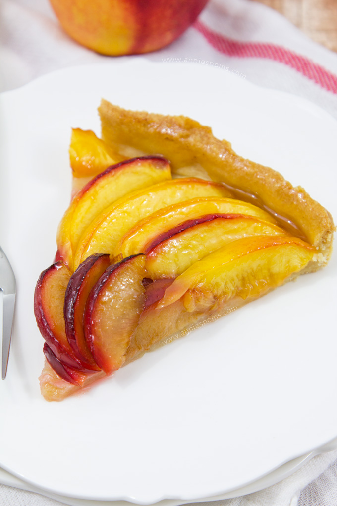 This Plum and Nectarine Tart may look fancy, but it's SO easy to make! Especially with my fool proof pie crust!