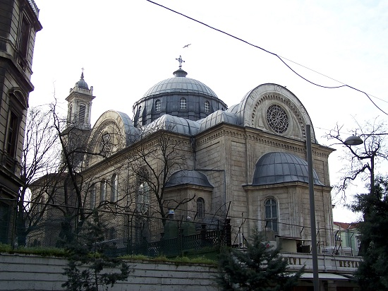 Agia_Triada_Greek_Orthodox_Church_İstanbul1