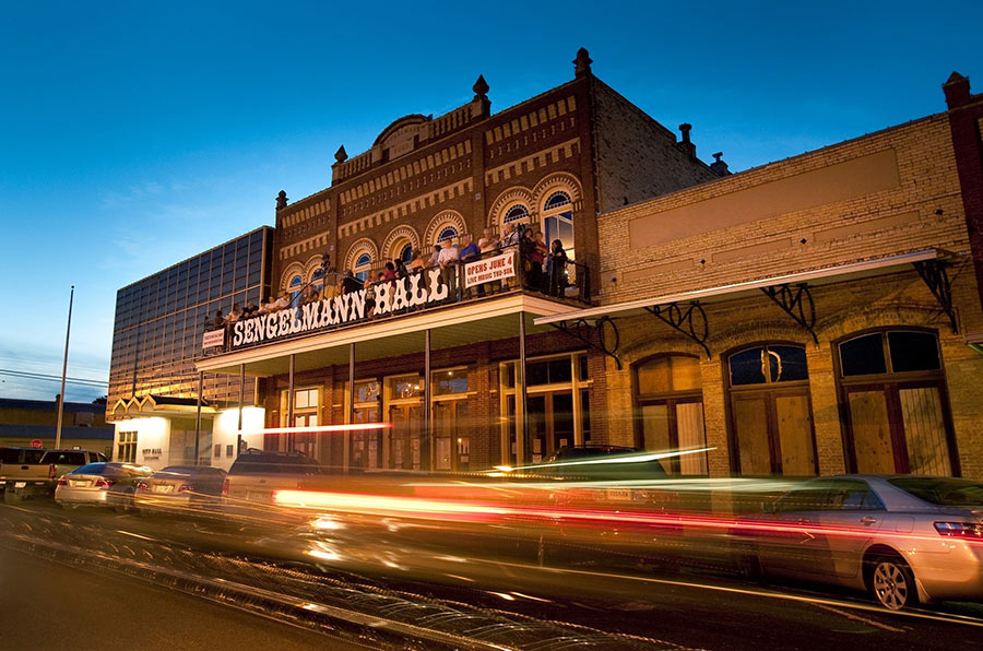 texas-dance-halls-1