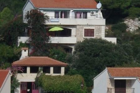 apartmani villa paradise otok lastovo 635575636499578193 1 460 346