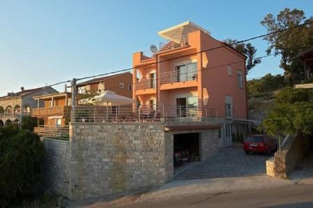 villa avigo 635319638640066922 1 550 413